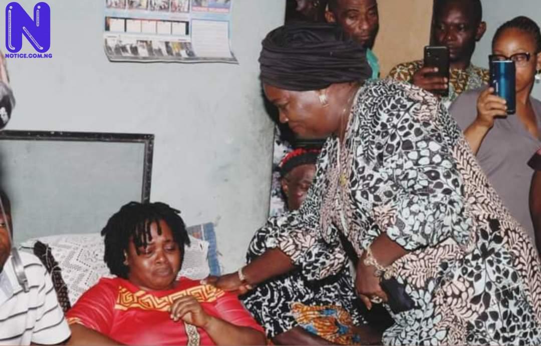 Gov Ikpeazu's wife, Nkechi visits family whose four children died mysteriously in Umuagu Ohuhu 5JSWQ8HA227736