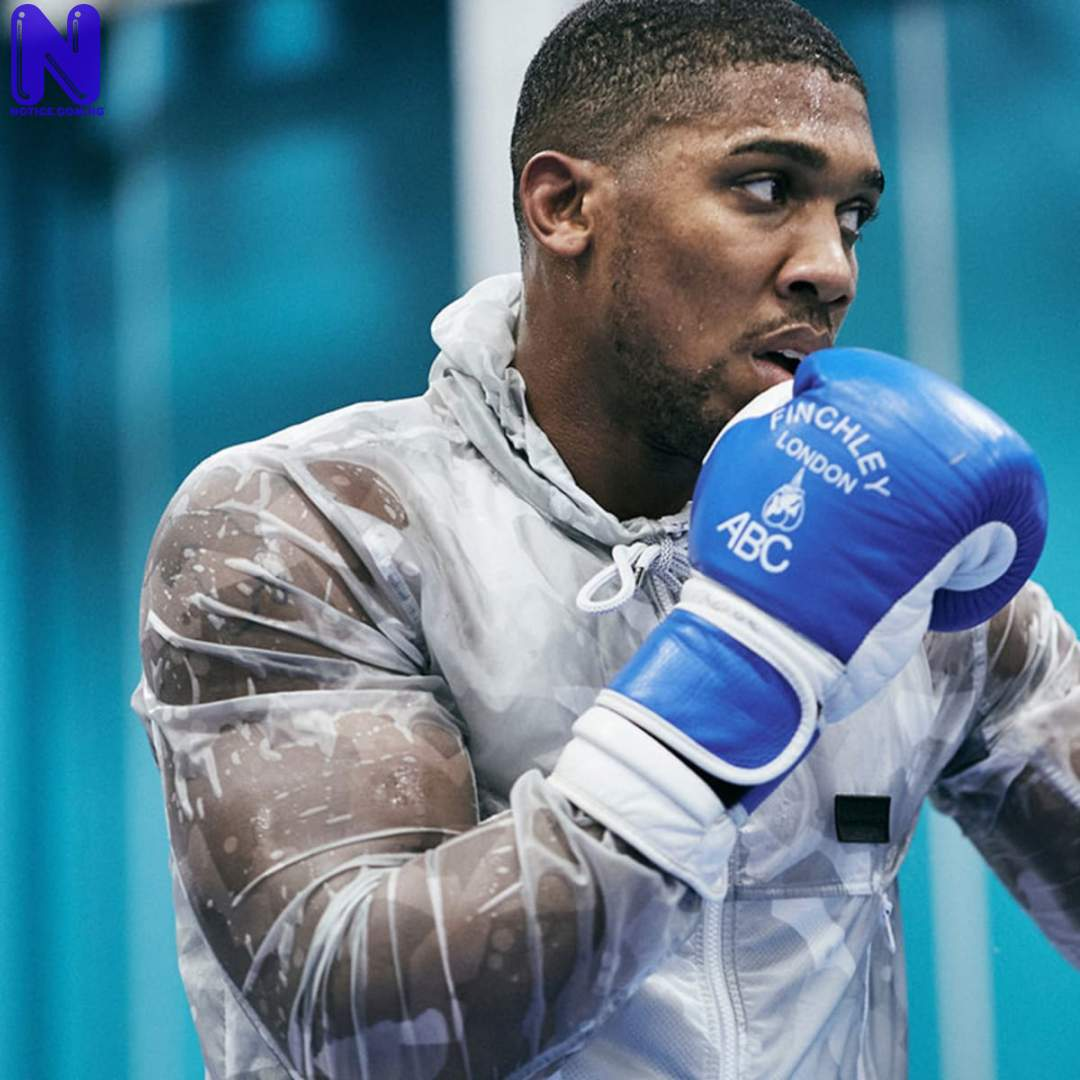 Anthony Joshua told to step aside to allow Usyk fight Tyson Fury ANTHONY-JOSHUA146867