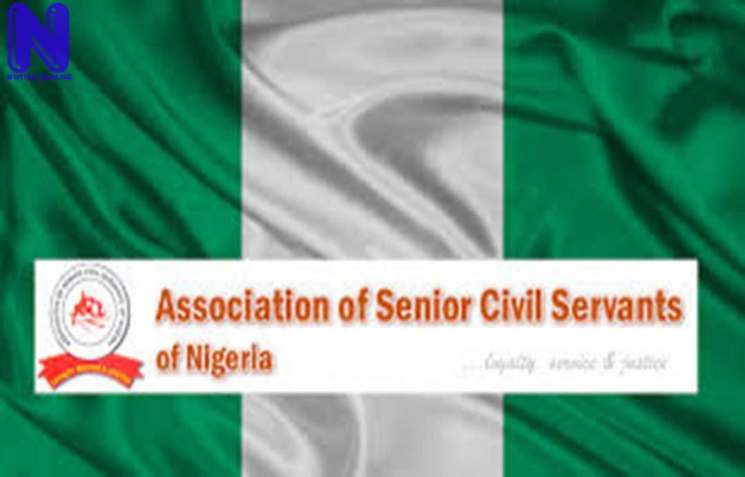 Civil servants list 10 states yet to pay minimum wage CIVIL-SERVANTS