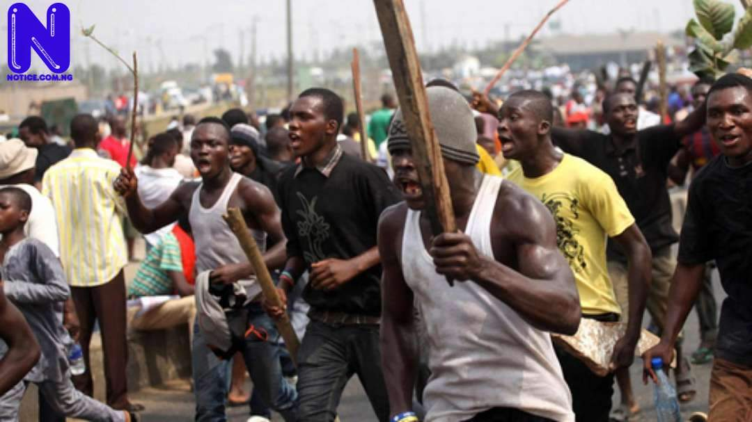 Fighting thugs kill 80-year-old woman during supremacy battle in Osun CROSS-RIVER-COMMUNAL-CLASH-