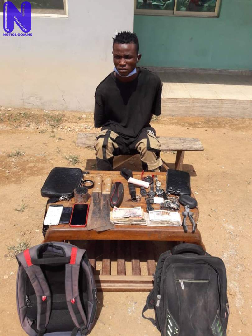 Police arrest suspected armed robber terrorising Apete residents (PHOTO) - Oyo IMG-20210618-WA0016