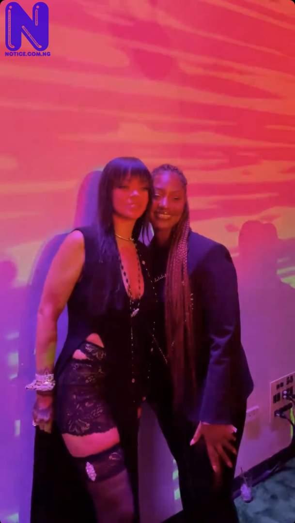 'Oh my God' – Rihanna screams as she meets Tems (VIDEO) IMG 0425-1260282