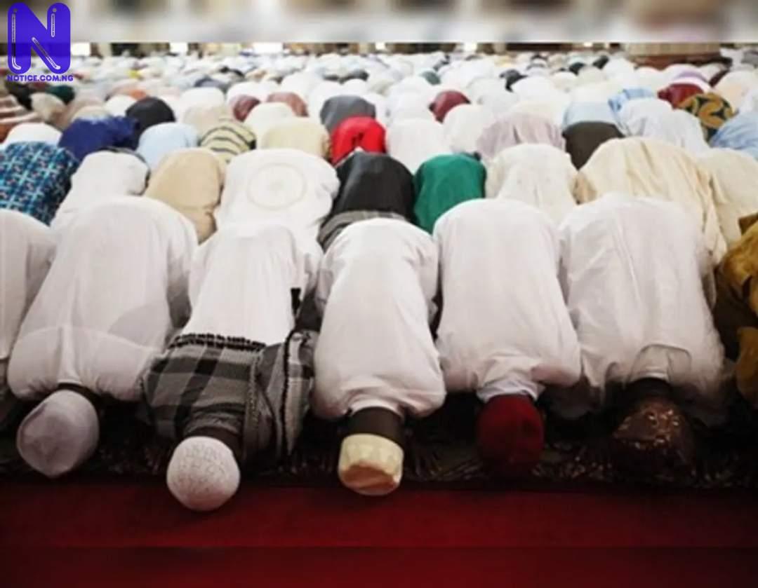 Emulate virtues of love, peace like Prophet Mohammed - Eid-el-Kabir MUSLIM