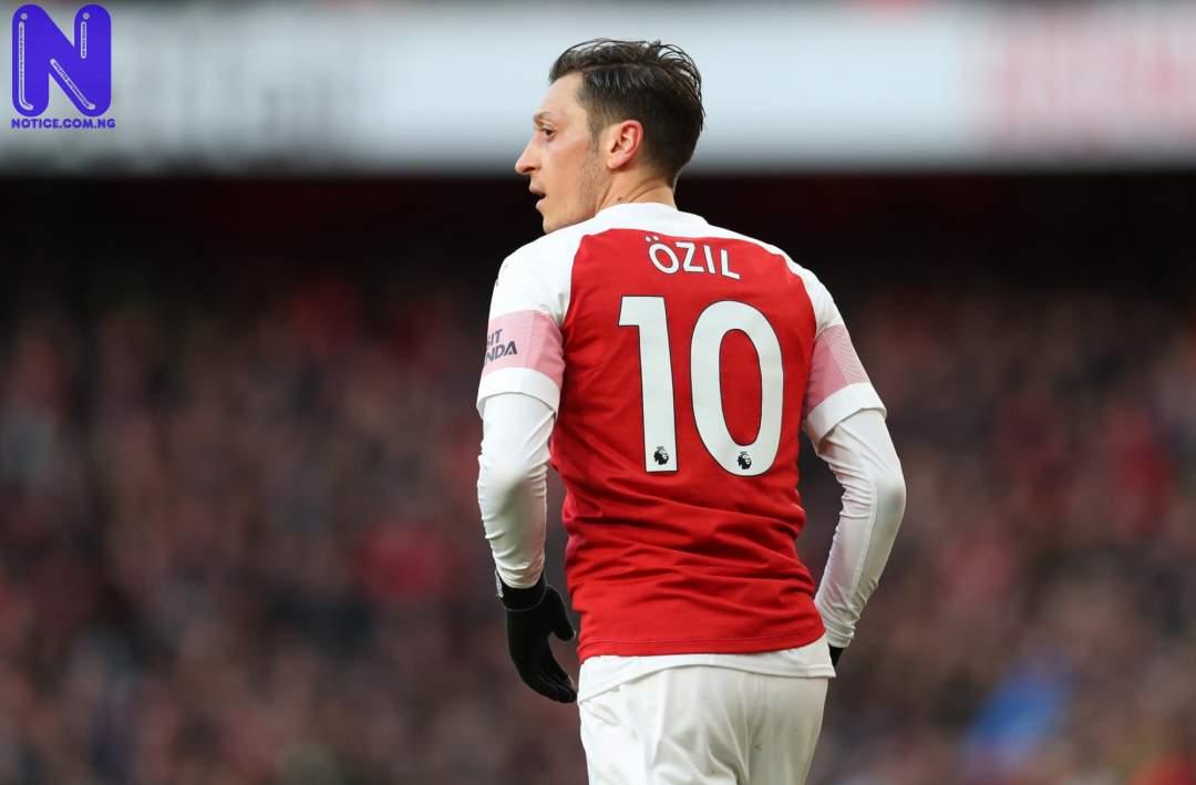 Arsenal confirms player to take Ozil's no. 10 shirt - EPL OZIL166762