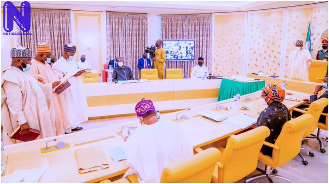 Buhari swears in three INEC commissioners (PHOTO) PJIMAGE-23-1200949