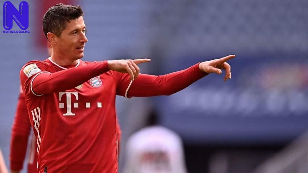 Lewandowski reacts after winning European Golden Shoe ahead of Messi, Ronaldo ROBERT-LEWANDOWSKI83859