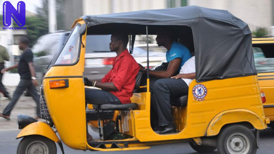 Tricycle operators defy movement restriction - Lagos LG election TRICYCLE145744